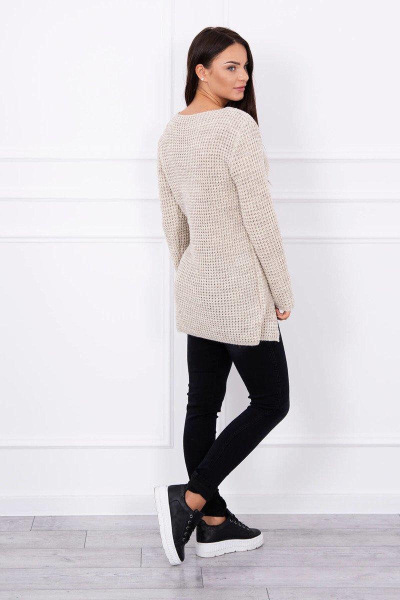 Ženski pleten pulover z režo na sprednji strani