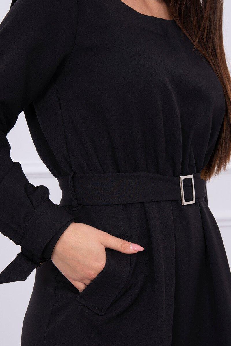 Obleka z žepi in vezavo v pasu