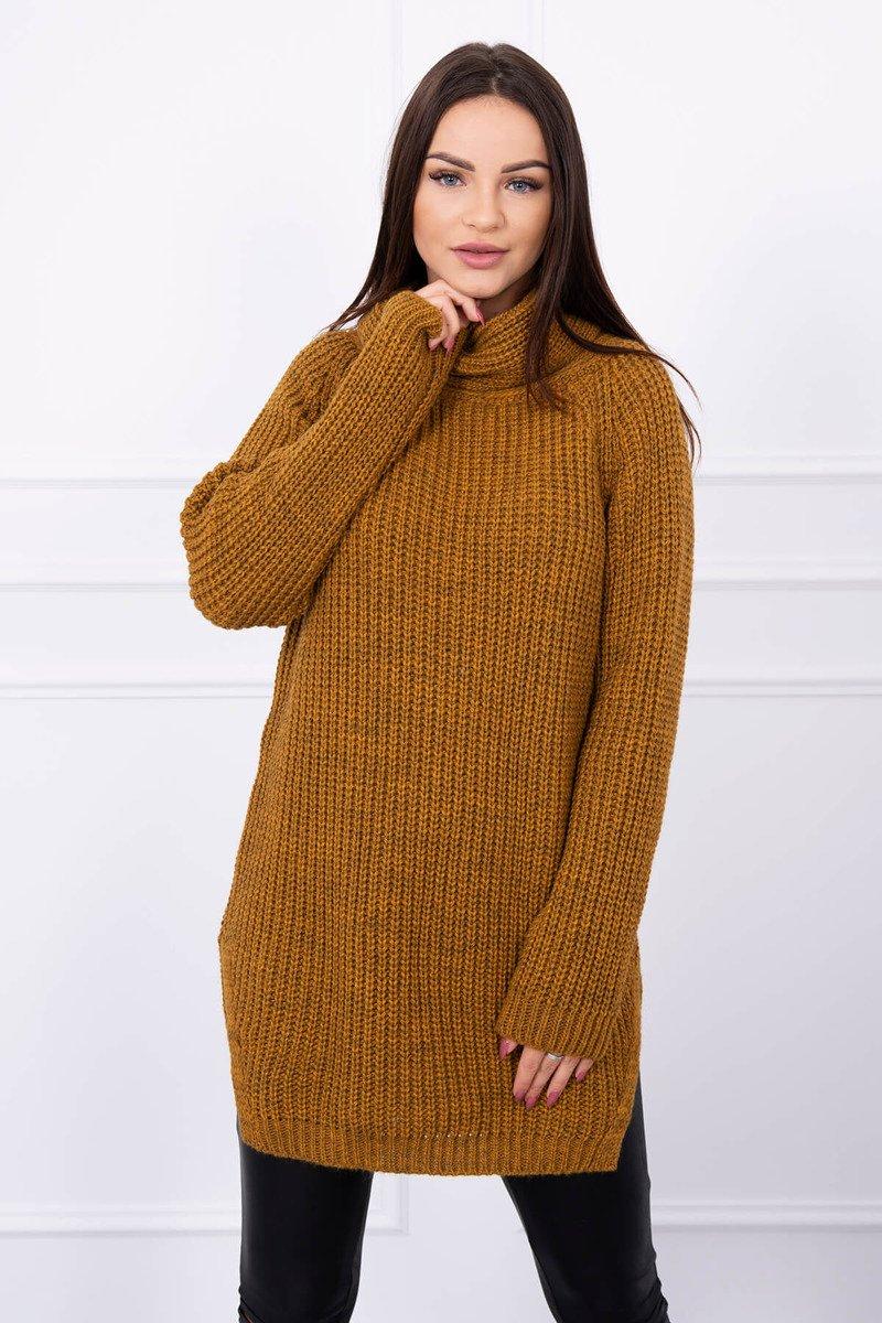 Ženski pleten pulover z režo na straneh