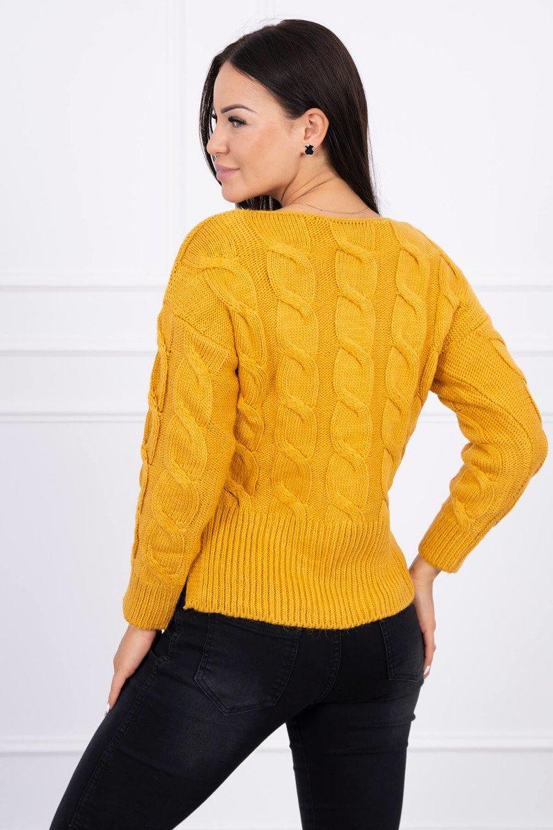 Ženski pleten pulover z daljšim hrbtnim delom