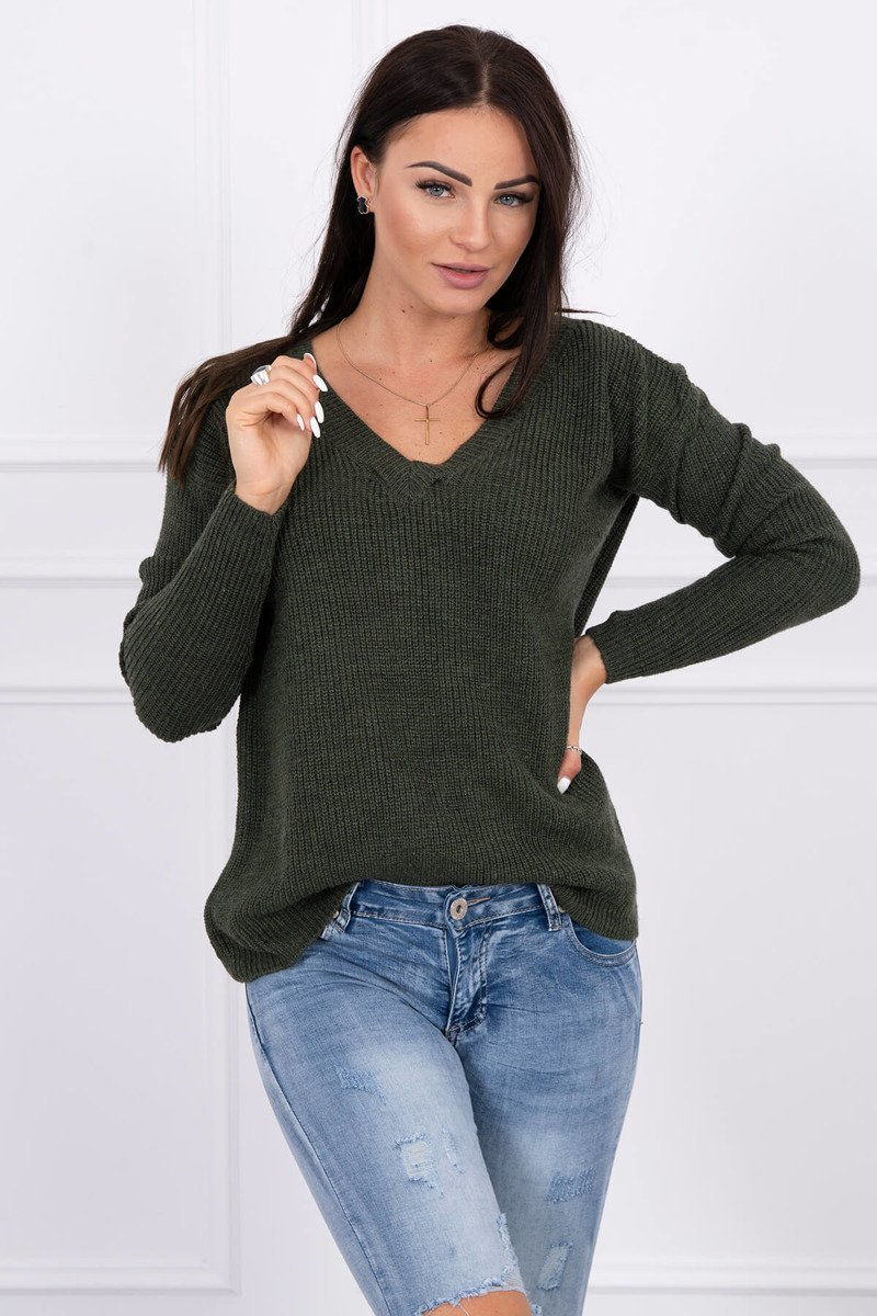 Pleten pulover z V izrezom