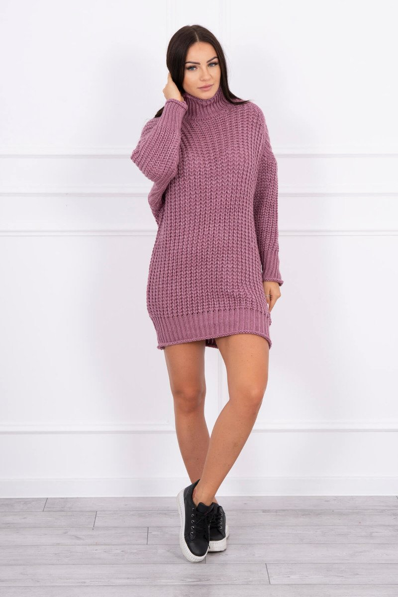 Ženska pletena obleka z ovratnikom