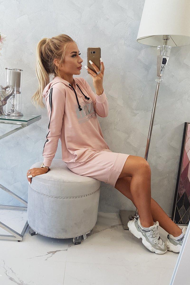 Obleka z odsevnim tiskom