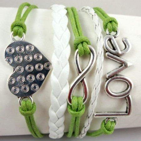 Infinity zapestnica svetlo zelena - Srce
