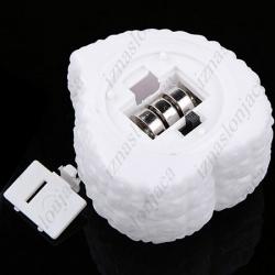 Večbarvna LED lučka v obliki srčka