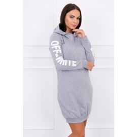 Obleka z belim napisom na rokavih 62072, siva