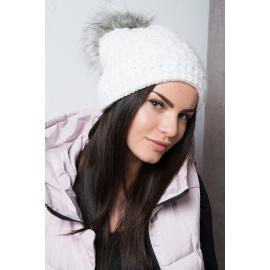 Ženska kapa s cofom K87, bela