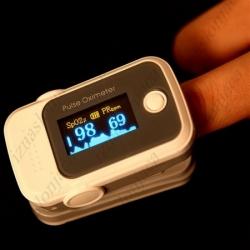 Naprstni pulzni oksimeter