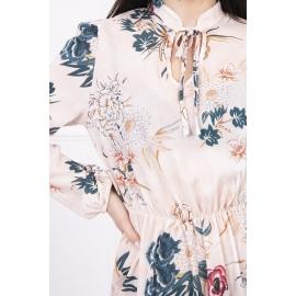 Cvetlična obleka z vezavo na izrezu