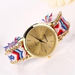 Elegantna ženska ura s paščkom iz blaga